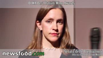 Chrisy Canterbury Master of Wine from NY USA at Best Italian Wine Awards 2013 – Biwa