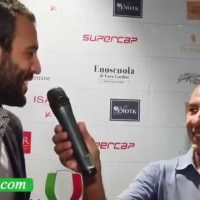 Tenuta Sette Ponti – Oreno 2011: 2° classificato BIWA 2014 Best Italian Wine Award  – Amedeo Moretti ritira il premio