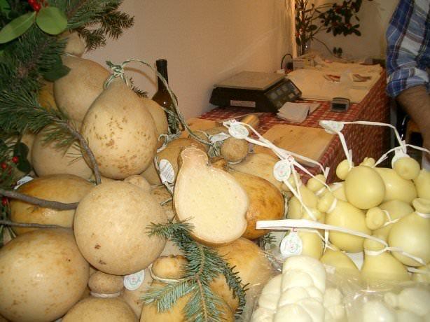 Sagra del Pecorino di Filiano dop e Caseusmed, salone dei prodotti caseari del Mediterraneo