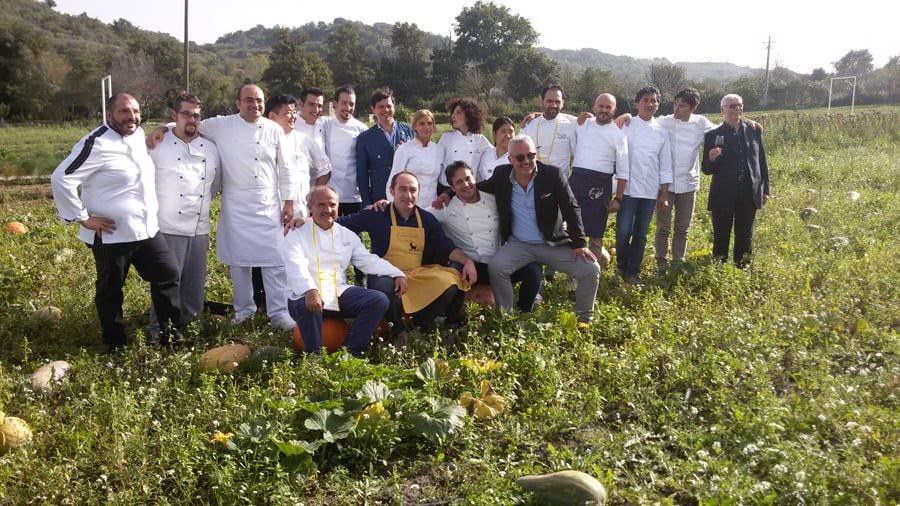 Striscia la Notizia nell'Orto dei Miracoli di Peppe Zullo a Orsara di Puglia