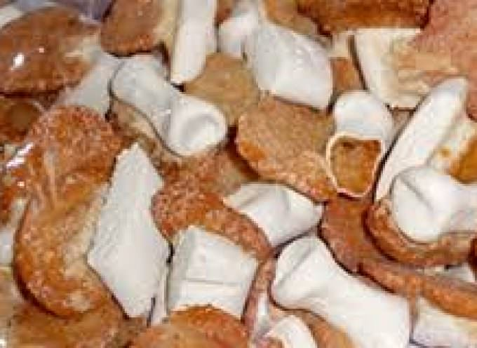 I dolci dei morti: fave, ossa, fanfullicche, stinchetti, zaleti…