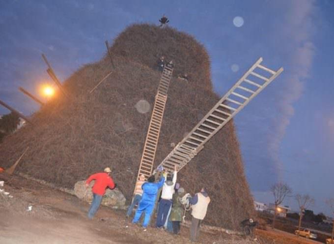 Salento: Fòcara di Novoli pronta per il gran falò del 16 gennaio