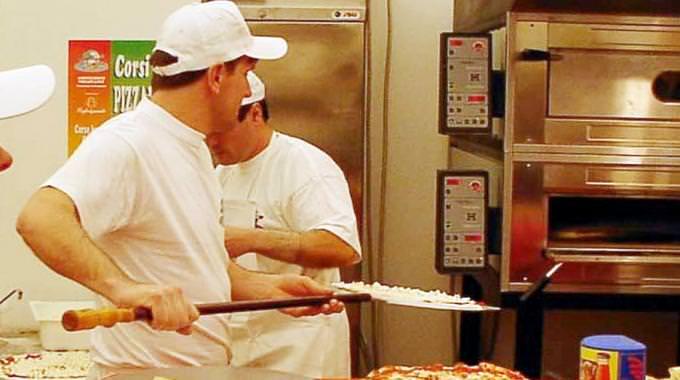 Pizzaiolo – cuoco esperto cerca nuove opportunità di lavoro Italia/Estero