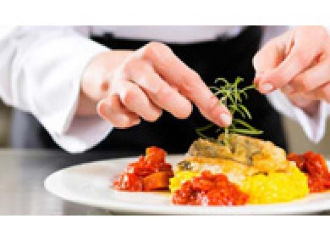 """Torino: Al ristorante """"Il Buon Bio"""" un corso per imparare a cucina il curry"""