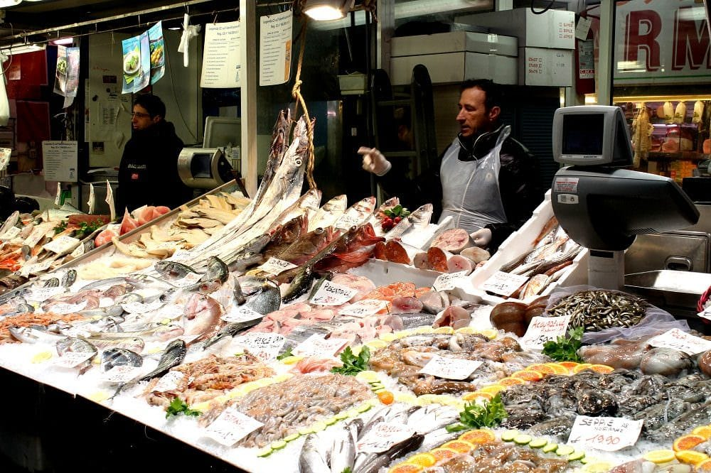 Pesci e prodotti ittici, come sceglierli freschi e riconoscerli: Impariamo a cucinare con Marco Di Lorenzi