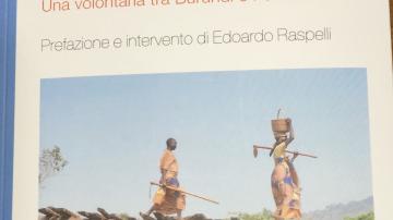 Simona Raspelli racconta la sua esperienza come volontaria tra Burundi e Palestina in un libro