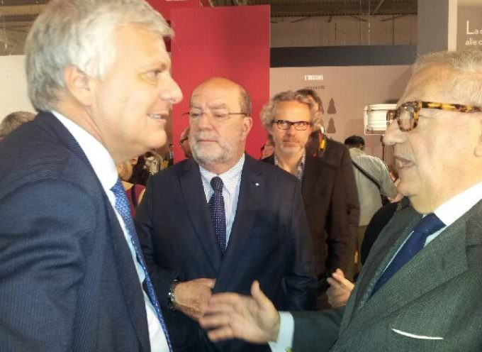 Gian Luca Galletti, Ministro dell' Ambiente, al 500×100 talk – Salone del Mobile Milano