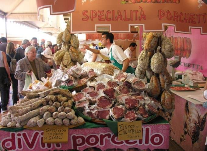 Nizza: 160.000 golosi di piatti italiani nel Quai des Etats Unis, un tratto della Promenade des Anglais