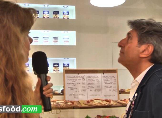 Gianni Ippoliti a Tuttofood: come riconoscere la Vera Pizza (Video)