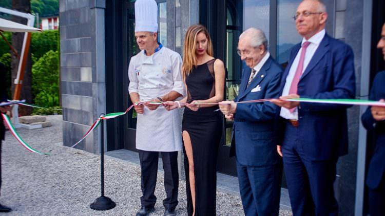 Villa Lario: Inaugurazione ufficiale con la benedizione del Maestro Gualtiero Marchesi e le note di Davide Van De Sfroos