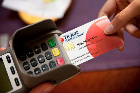 Qui Paye Les Tickets Restaurant