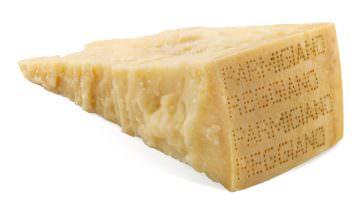 OK Kosher Certification: prima forma di Parmigiano Reggiano Bertinelli a Expo 2015