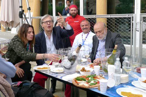 Peppe Zullo con Sgarbi e Petrini