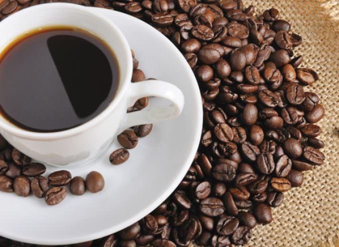 Caffè: Piace amaro, corto, a colazione o dopo pranzo in tutto il mondo