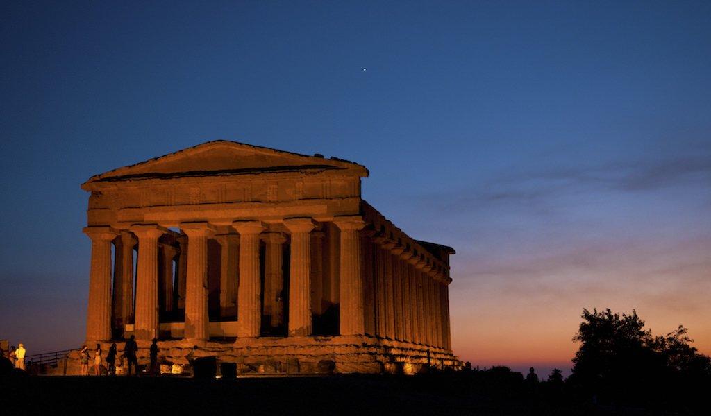 CVA Canicattì: Le Terre del Nero d'Avola, la Valle dei Templi e il Progetto Diodoros