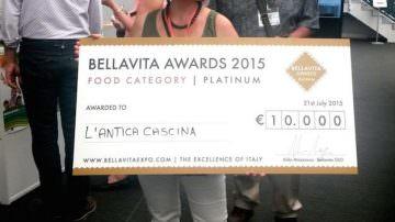 """Caseificio Antica Cascina di Forlì vince a Londra il """"Platinum Award"""" al Bellavita Expo"""