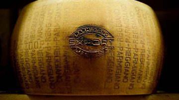L'obiettivo del Consorzio del Parmigiano Reggiano: Raddoppiare l'export sul Canada nei prossimi 5 anni