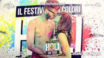 Holi: Vacanze e Baci multicolori, la nuova moda dell'estate