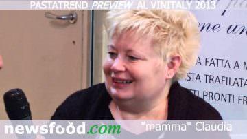 La Lanterna Pasta Fresca Emiliana: Claudia Ferri con Cino Tortorella, Mago Zurlì (Video)
