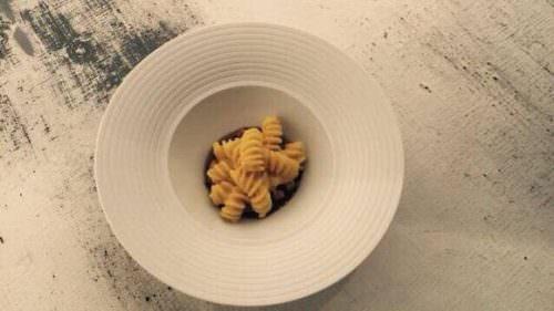 Pasta Felicetti con coniglio in peperonata