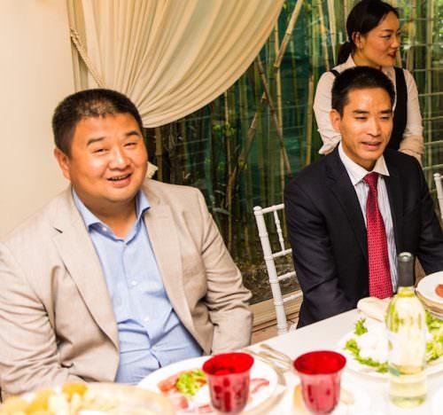 rappresentanti istituzioni cinesi