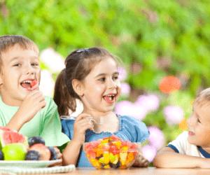 Mamme avvisate: compaiono i piatti multiculturali nelle mense scolastiche