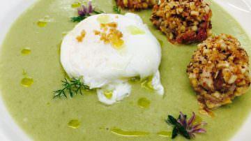 Asparagi, uova e salsiccia by Gianfranco Bruno, Chef lucano