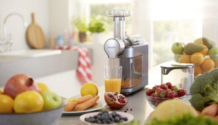 Philips presenta il nuovo estrattore di succo Micro Juicer