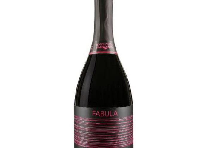 Spumante Rosè Brut: Fabula racconta una storia d'amore…