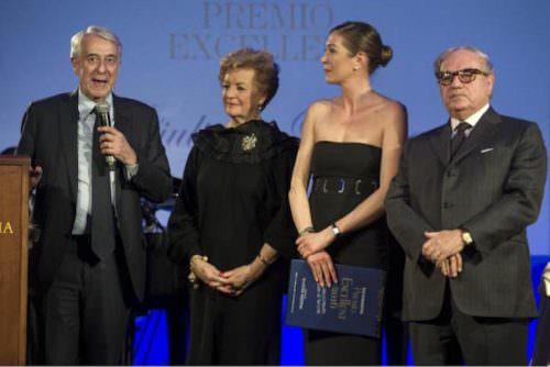 Sindaco di Milano Giuliano Pisapia, Tessa Gelisio, Achille Colombo Clerici