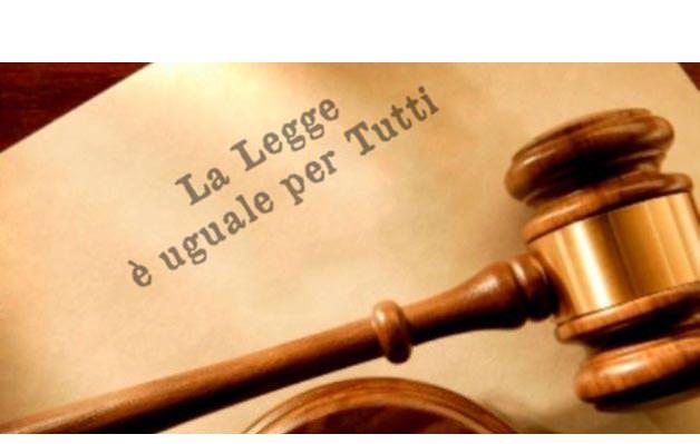 Donvito, presidente Aduc, L'irriverente: Inaugurazione anno giudiziario. Continuano a prendersi e a prenderci per i fondelli
