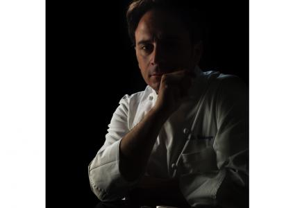 Lo chef Nino di Costanzo al ristorante di Aquapetra Resort&Spa di Telese Terme