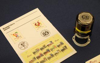 Due francobolli per celebrare il 50° Vinitaly