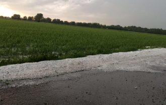 Cremona: ed ora anche la grandine sulla campagna