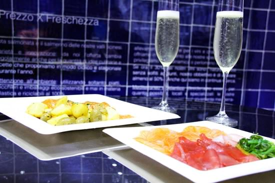 ICTHYS, Lugano:  fritto di paranza, insalatina di stagione & champagne