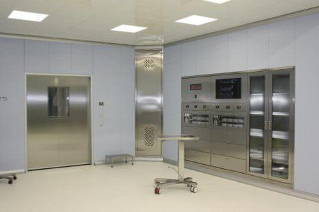 Allestimento sala operatoria – BAWER S.p.A