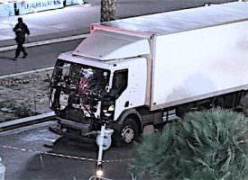 Strage di Nizza, il camion bianco della morte, c'ero anch'io