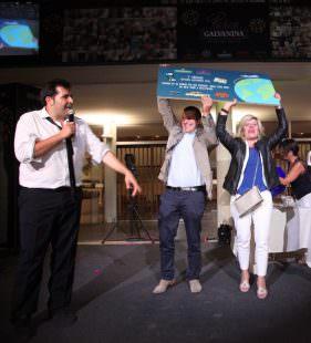 i vincitori del primo premio della lotteria, un viaggio negli Stati Unit...