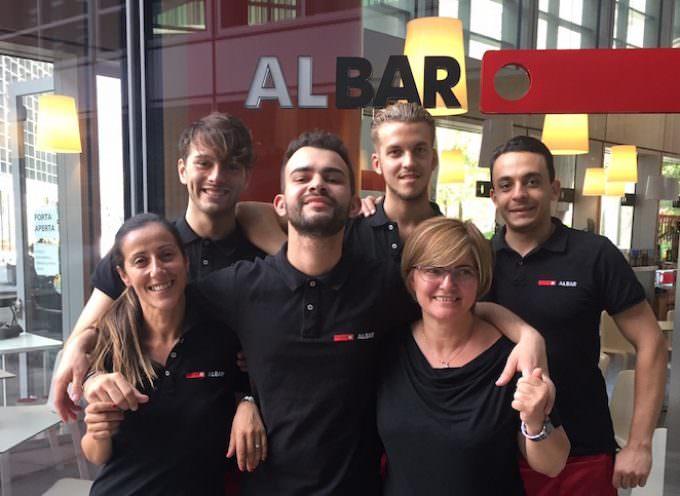 Albar, Milano: Questo bar non chiude per ferie