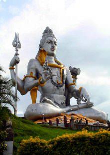 Shiva_Statue_Murdeshwara_Temple-Ph_Nkodical