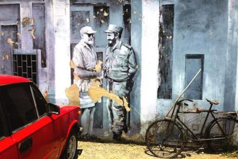murale-ernest-hemingway-e-fidel-castro-ph-ramon-espinosa-ap