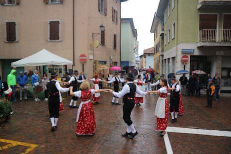 Storo: Balli in piazza
