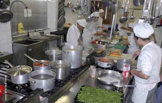 Industria alimentare per gli chef in cucina by Marco di Lorenzi