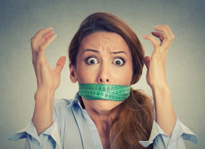 Perché lo stress fa ingrassare? Consigli e rimedi by Bioimis