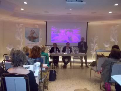 Andrea Corsini (al centro) assessore al turismo