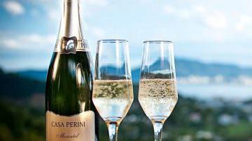 Per WAWWJ: il quinto miglior vino mondiale è uno spumante del Brasile, Moscatel Casa Perini