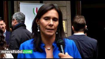 Camilla Lunelli ritira il 3° premio per Giulio Ferrari 2006 al BIWA 2017 (Video intervista)
