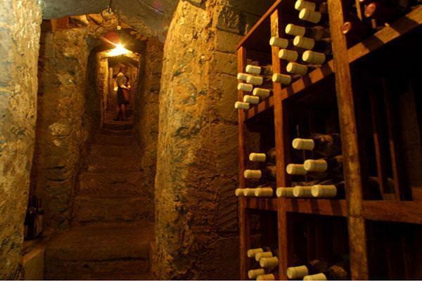Vini online premiati : La Cantina Laimburg in Alto Adige fa incetta di premi nelle maggiori guide enologiche