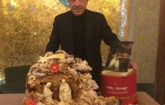 Torino: Una Mole di Panettoni col presepe di Nicola Fiasconaro