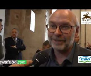 Latte Fieno Bio MILA per Alce Nero: Reinhard Schuster (Video)
